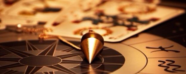 La cartomanzia, l'astrologia ed altre divinazioni